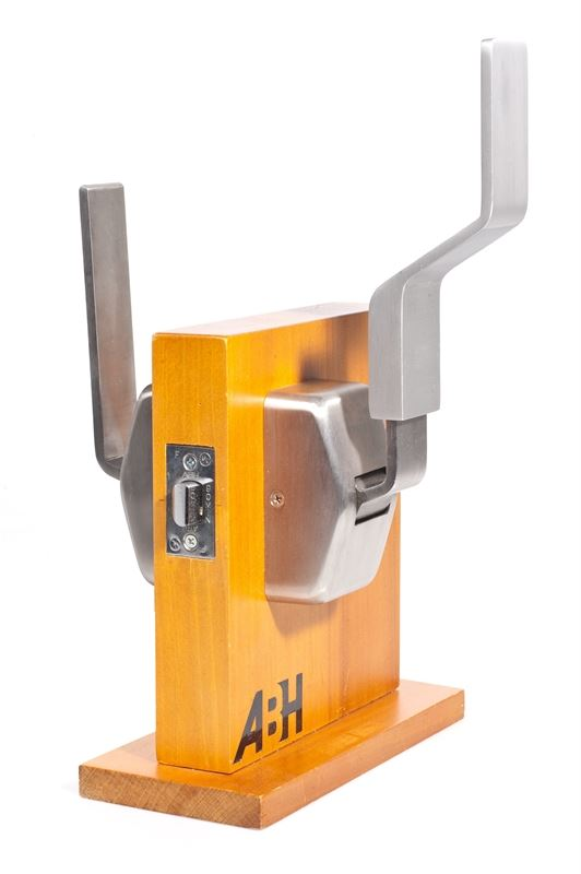 6000 Series Push Pull Hospital Latch Architectural